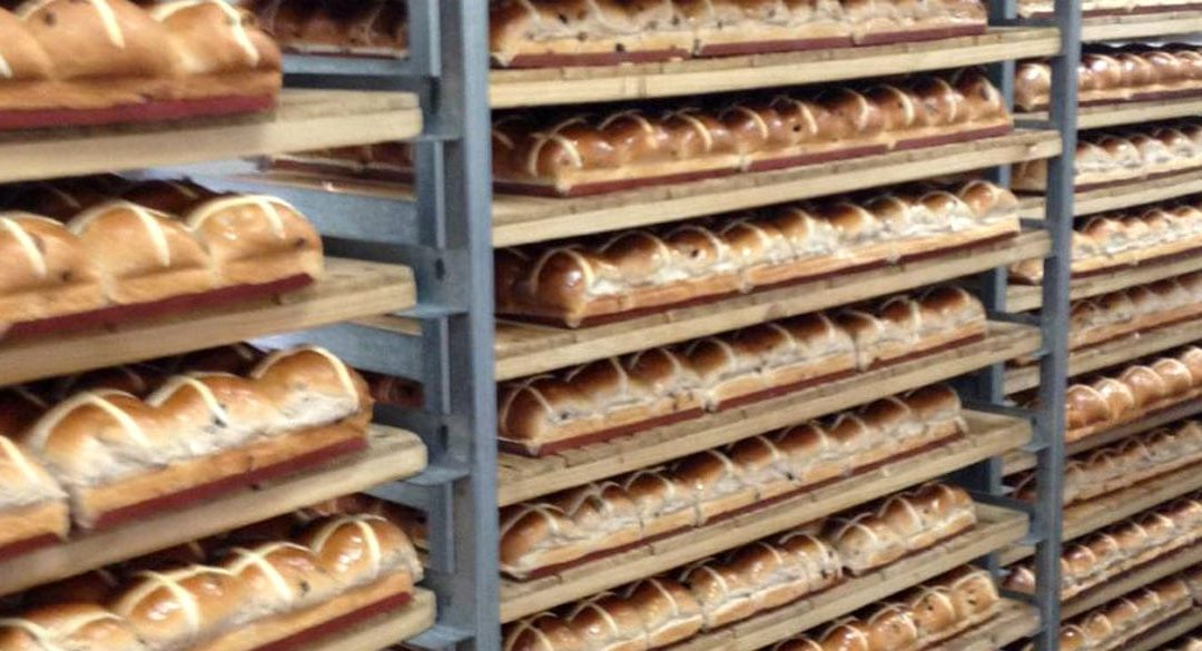 Kytons Bakery Traditional Hot Cross Buns come in second in national competition