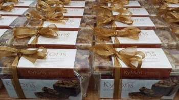 Looking for South Australian Corporate or Client Gift ideas – Kytons Bakery can help